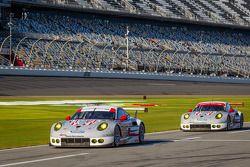 #911 Porsche North America Porsche 911 RSR: Nick Tandy, Richard Lietz, Patrick Pilet ; #912 Porsche North America Porsche 911 RSR: Patrick Long, Michael Christensen, Jörg Bergmeister