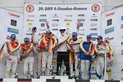 Podium: race winners Patrick Pilet, Patrick Huisman, Sabine Schmitz, Klaus Abbelen, second place Mar