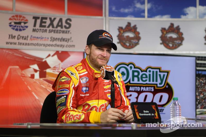 Proprietario dell'auto vincitrice Dale Earnhardt Jr.