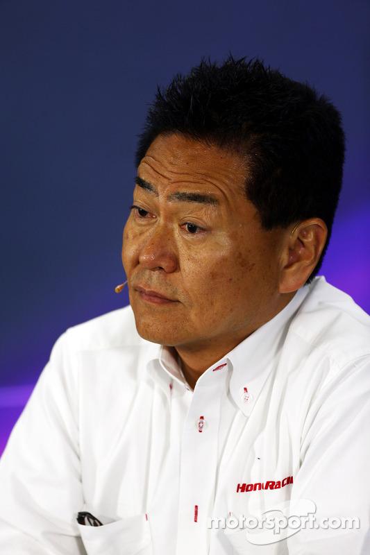 Yasuhisa Arai, Honda Motorsport Chefe na conferência de imprensa da FIA