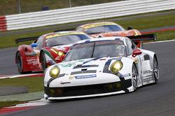 #91 Porsche AG Team Manthey Porsche 911 RSR: Jörg Bergmeister, Patrick Pilet, Nick Tandy