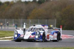 #8 Toyota Racing Toyota TS040 Hibrit: Anthony Davidson, Nicolas Lapierre, Sebastien Buemi