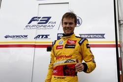Pole position course 1: Tom Blomqvist