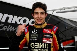 Pole para Race 2 & 3, Esteban Ocon