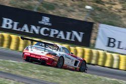 #85 HTP Motorsport 梅赛德斯 SLS AMG GT3: 斯特夫·杜塞尔多普, 谢廖金·阿法纳谢夫