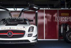 #84 HTP Motorsport 梅赛德斯 SLS AMG GT3: 马克西米利安·格策, 马克西米利安·布克