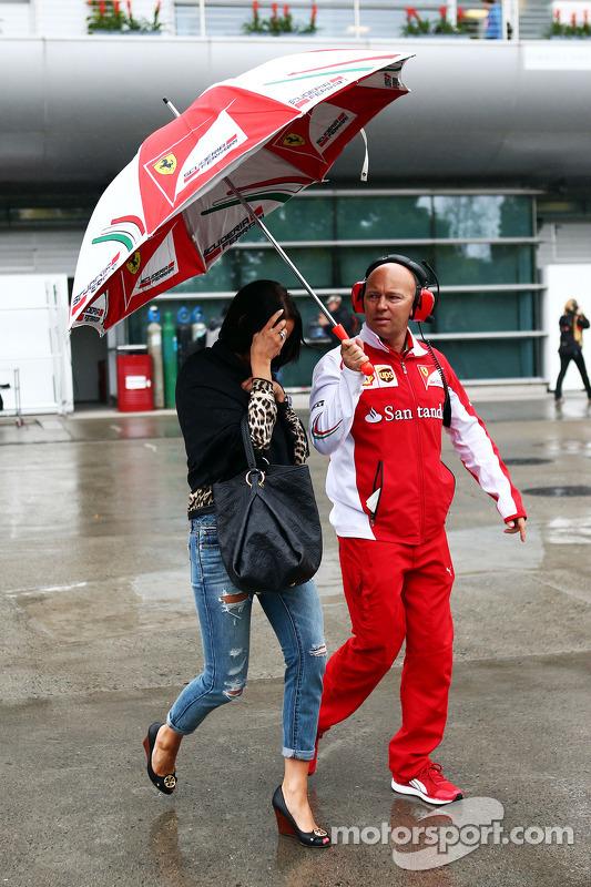 Minttu Virtanen, namorada de Kimi Raikkonen, da Ferrari, com Mark Arnall, Personal Trainer