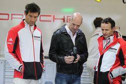 Adrian Newey, Red Bull Racing Chief Technical Officer in the Porsche Team garage