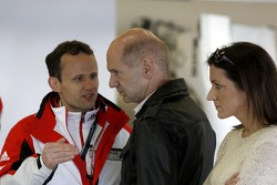 Alexander Hitzinger, diretor técnico do Porsche Team e Adrian Newey, Red Bull Racing