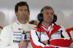 Mark Webber e Friedrich Enzinger, Chefe de Equipe da Porsche - LMP1