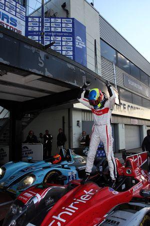 Vainqueur: Tristan Gommendy heureux
