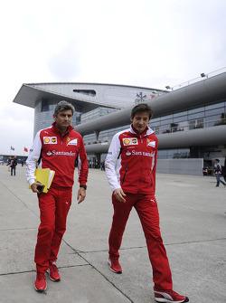 Marco Mattiacci, Ferrari, Teamchef; Massimo Rivola, Ferrari, Sportdirektor
