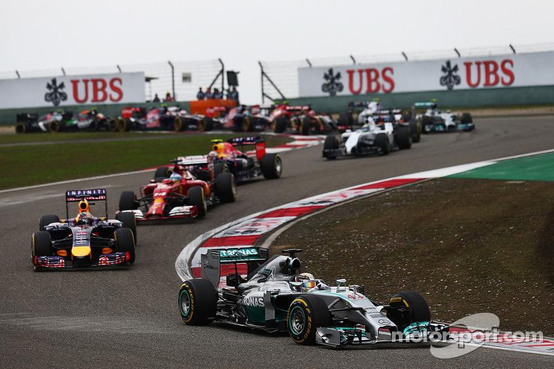 8 - GP de China 2014: 27 años, 0 meses y 29 días