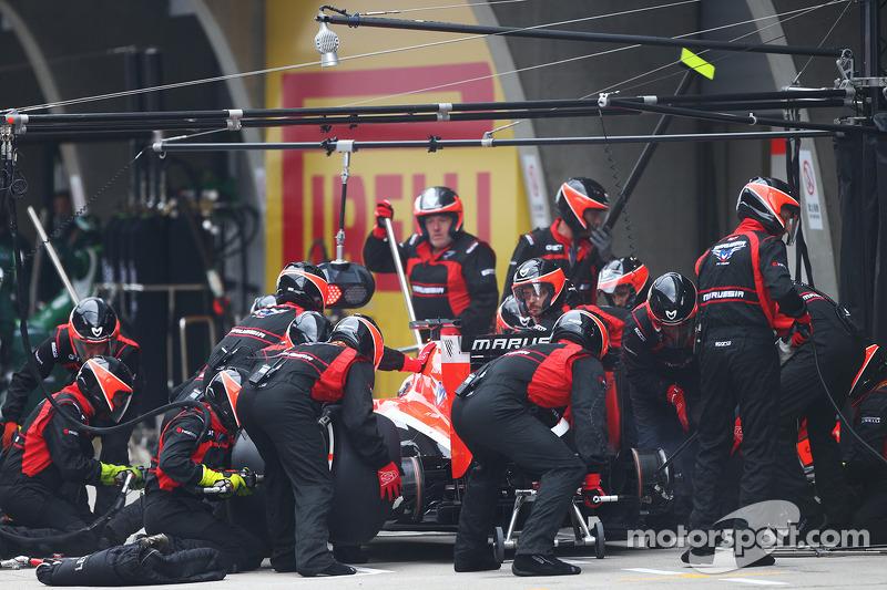 Jules Bianchi, Marussia F1 Takımı MR03 pitstop yapıyor
