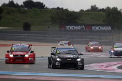 James Thompson, Lada Granta 1.6T, LADA Sport Lukoil and Tom Chilton, Chevrolet RML Cruze TC1, ROAL M