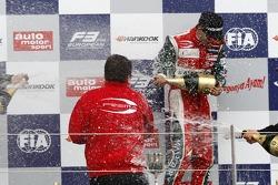Podium: le vainqueur Antonio Fuoco