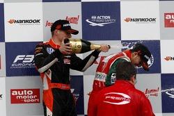 Podium: 1er Antonio Fuoco, 2ème Max Verstappen