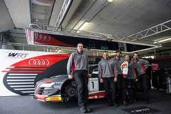 比利时奥迪WRT俱乐部车队的复活节祝福