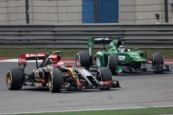 Pastor Maldonado, Lotus F1 Team e Kamui Kobayashi, Caterham F1 Team