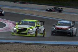 Hugo Valente, Chevrolet RML Cruze TC1, Campos Racing et Jose Maria Lopez, Citroën C-Elysee WTCC, Cit