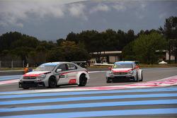 Yvan Muller, Citroën C-Elysee WTCC, Citroën Total WTCC and Sébastien Loeb, Citroën C-Elysee WTCC, Ci