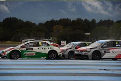 Tiago Monteiro, Honda Civic WTCC, Castrol Honda WTCC Team, Sébastien Loeb, Citroën C-Elysee WTCC, Ci