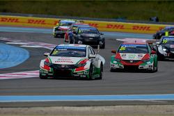 Gabriele Tarquini, Honda Civic WTCC, Castrol Honda WTCC Team and Mehdi Bennani, Honda Civic WTCC, Pr
