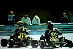 Terry Fullerton devant Ayrton Senna à Estoril