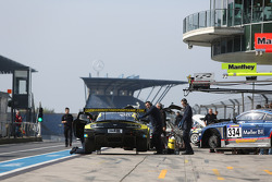 Stuart Leonard, Paul Wilson,阿斯顿·马丁测试中心,阿斯顿·马丁V12 Vantage GT3