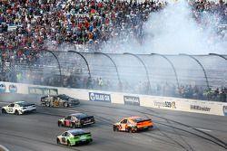 Trouble for Kyle Larson, Ganassi Racing Chevrolet