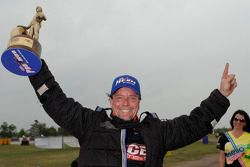 Vencedor Mike Janis