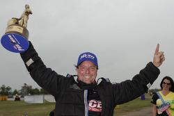Le vainqueur Mike Janis