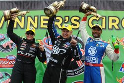 Winnaars Antron Brown, Erica Enders, Robert Hight en Mike Janis