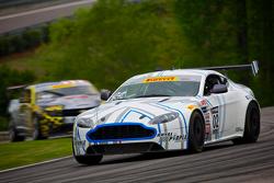 #02 TRG-AMR 北美 阿斯顿马丁 GT4: 德鲁·雷吉茨