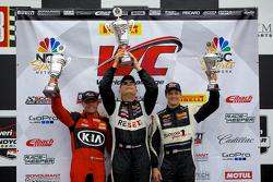 第二场比赛GTA组别领奖台: 比赛获胜者 Jack Baldwin, 第二名 Nic Jonsson, 第三名 Lawson Aschenbach