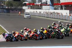 Arrancada: Jorge Lorenzo, Yamaha Factory Racing  líder