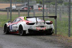 #20 Team Sofrev ASP Ferrari 458 Italia: Jean-Luc Beaubelique, Ludovic Badey : En difficulté
