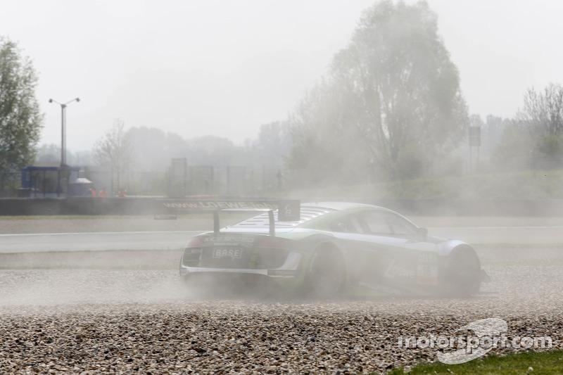 遇到问题,YACO Racing 奥迪R8 LMS ultra: Philip Geipel, Rahel Frey