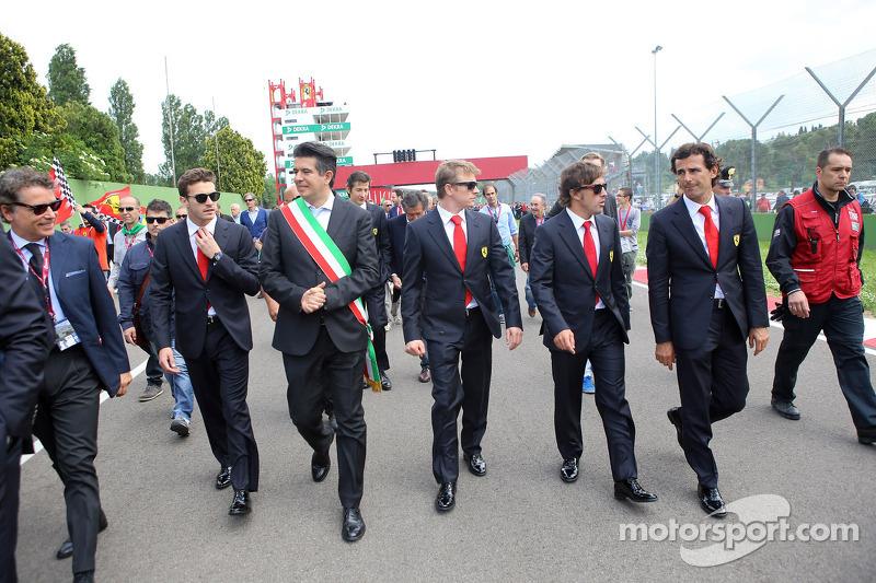 Commemoration ceremony at the Tamburello curve, Fernando Alonso and Kimi Raikkonen