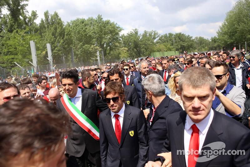 Tamburello virajında anma töreni, Fernando Alonso