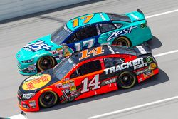 Tony Stewart e Ricky Stenhouse Jr.