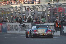 #4 Goodsmile Hatsunemiku BMW Motorsport Z4 GT3: Nobuteru Taniguchi, Tatsuya Kataoka : Vainqueurs