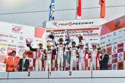 GT300 podium: winners Nobuteru Taniguchi, Tatsuya Kataoka, second place Katsuyuki Hiranaka, Bjorn Wirdheim, third place Yuki Nakayama, Tomoki Nojiri