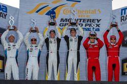 GTLM klassepodium: winnaars Jan Magnussen, Antonio Garcia, tweede plaats Bill Auberlen, Andy Priaulx