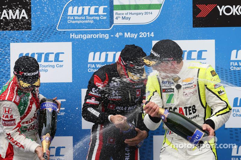 1st position Gianni Morbidelli, Chevrolet RML Cruze TC1, ALL-INKL_COM Munnich Motorsport, 2nd positi
