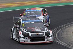 Tom Chilton, Chevrolet RML Cruze TC1, ROAL Motorsport et Franz Engstler, BMW 320 TC, Liqui Moly Team