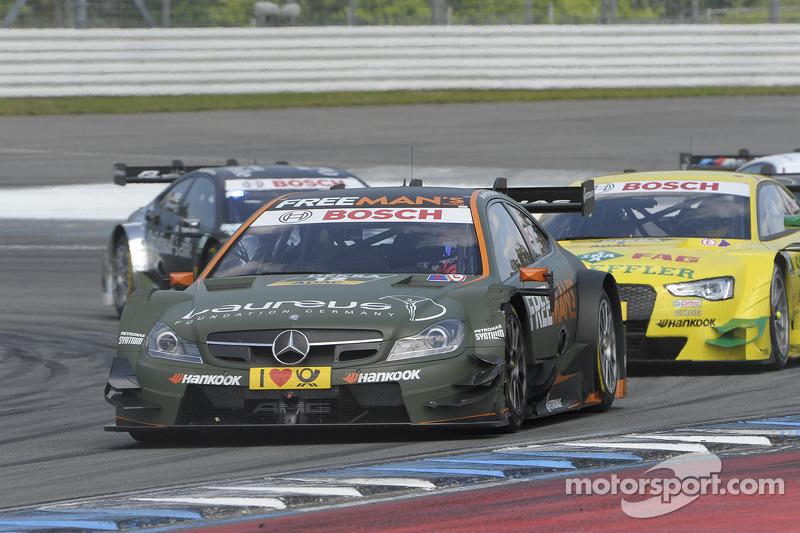 Robert Wickens, del equipo FREE MAN'S WORLD Mercedes AMG, en el DTM Mercedes AMG C-Coupé