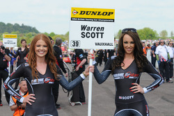 chrome edition restart racing grid girl