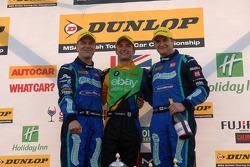 Round 9 Podio: primo Colin Turkington, secondo Mat Jackson, terzo Fabrizio Giovanardi