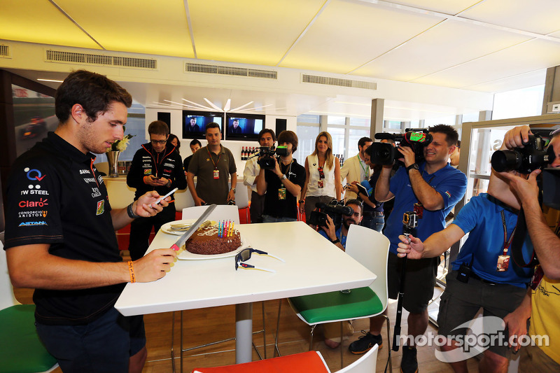 Daniel Juncadella, Sahara Force India F1 Team Test and Reserve Driver celebrates his birthday with t